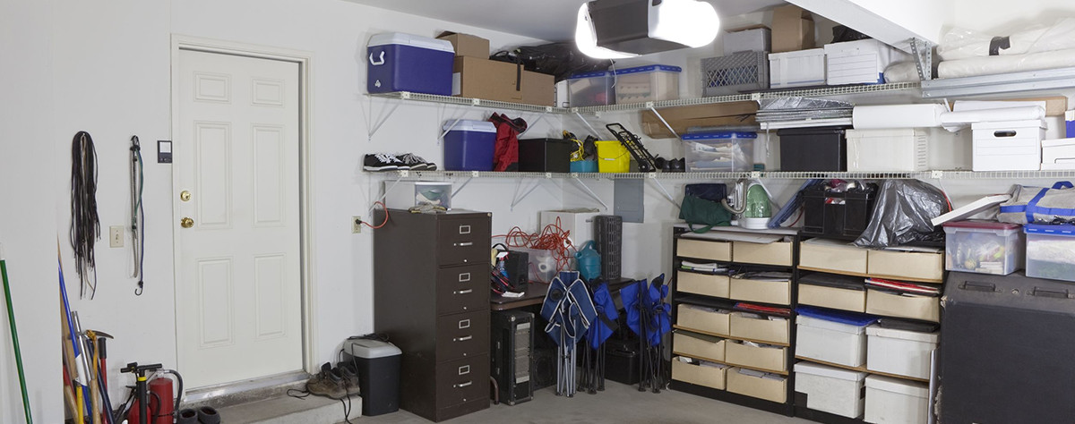 Garage with an organized storage system